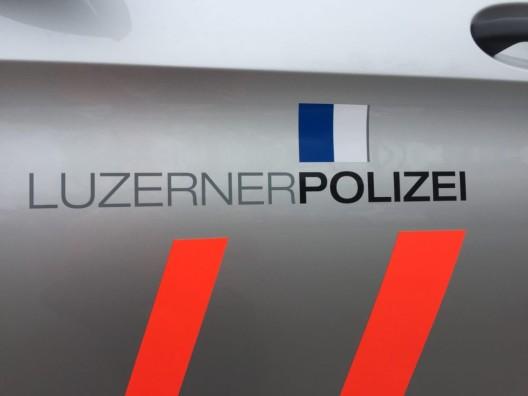 Kriens LU: Sachbeschädigungen – mutmasslicher Täter (Schweizer) ermittelt
