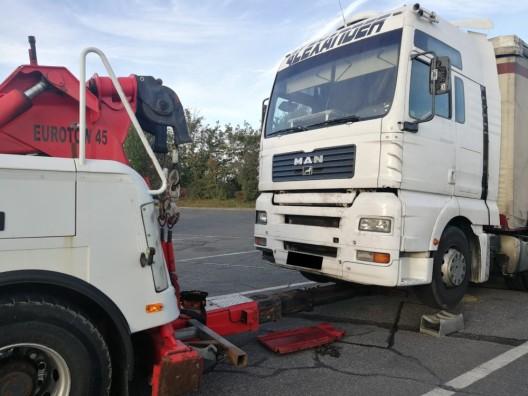 Bardonnex GE: Gefährlicher LKW bei Grenzübertritt aus dem Verkehr gezogen!