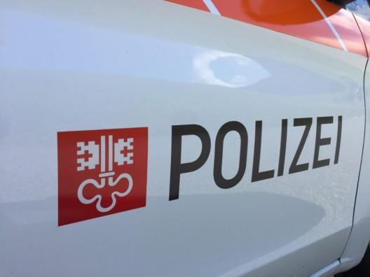 Oberdorf NW: Fussgänger von Lieferwagen überrollt – Zeugenaufruf