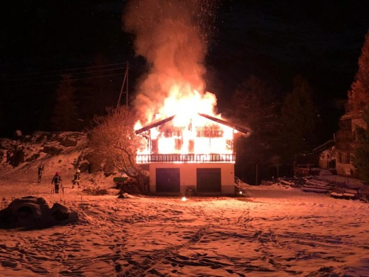 Zermatt VS: Brand in einem Chalet ausgebrochen – erheblicher Schaden