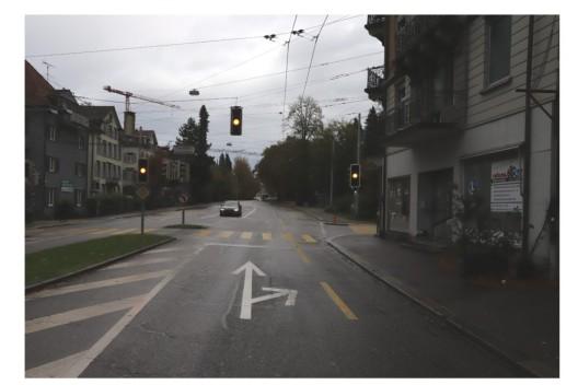 Stadt St.Gallen SG: Lernfahrerin verletzt sich bei Sturz mit Roller