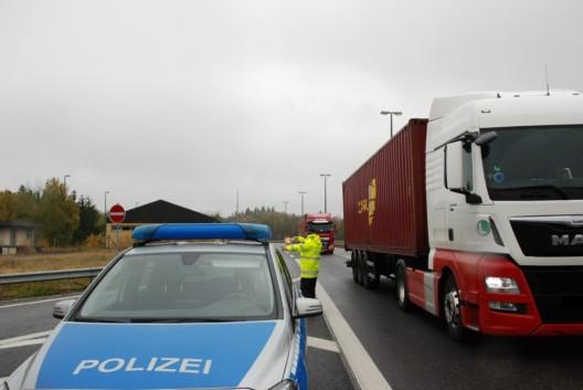Schwerlastverkehr im Fokus - Internationale Kontrolle an der belgischen Grenze