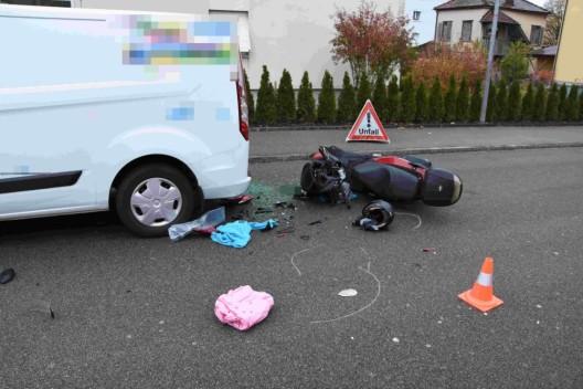 Goldach SG: Motorrad prallt ins Heck eines Autos – 39-Jähriger verletzt
