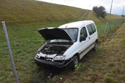 Haag SG / A13: Autofahrer musste nach Unfall reanimiert werden