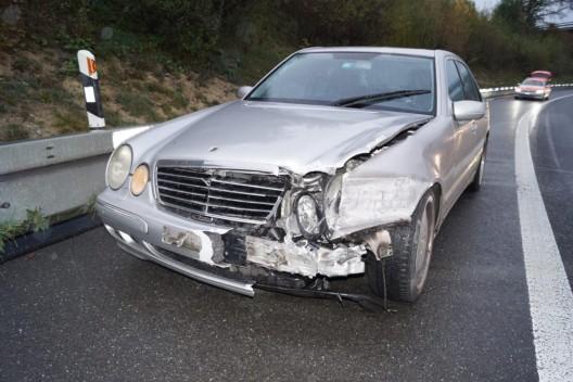 Cham ZG: Unfall im Feierabendverkehr führt zu Verkehrsbehinderungen