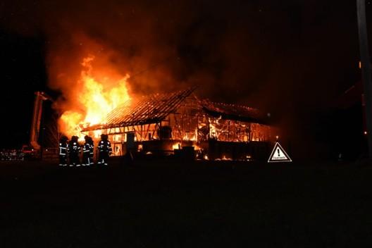 Mels SG: Zwei Wohnhäuser und ein Stall abgebrannt