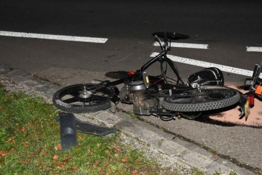 Oberbüren SG: Auffahrkollision zwischen Mofa und Auto – 16-Jähriger verletzt