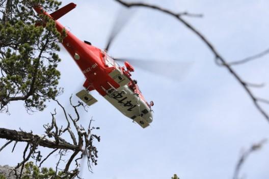 Leuzigen BE: Lenkerin bei Unfall schwer verletzt - mit der Rega in ein Spital geflogen