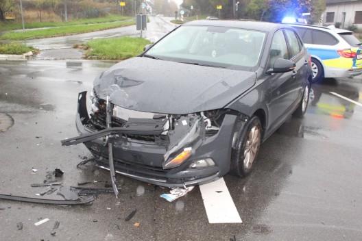 Gegenverkehr übersehen - schwerverletzt