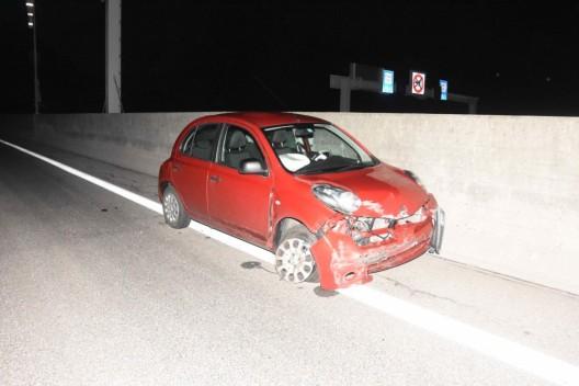 Walenstadt SG / A3: Autofahrerin verliert Kontrolle über Fahrzeug und verletzt sich