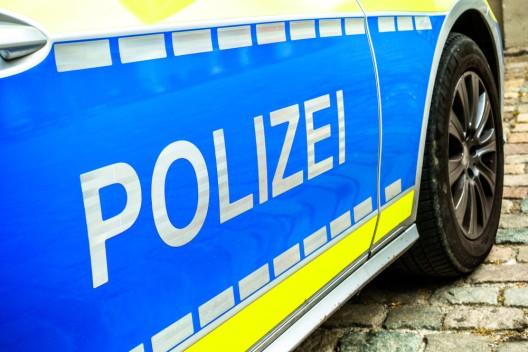 60-Jährige beleidigt und bedroht Gastwirt und Polizeibeamte