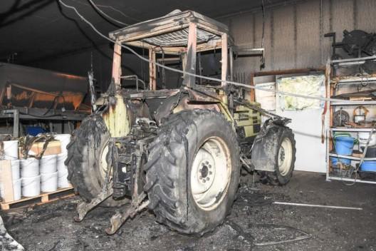 Wängi TG: Traktor brannte in einem Werkhofgebäude – niemand verletzt