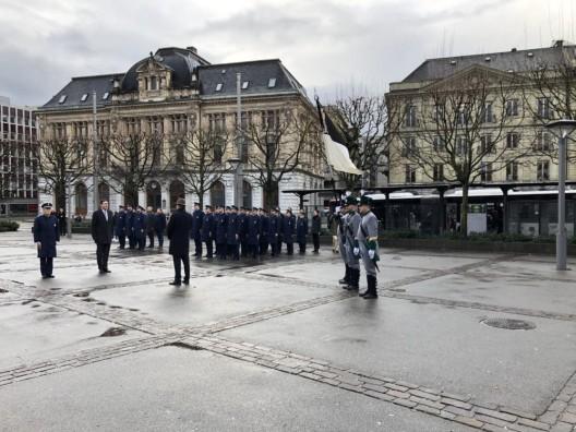 Kantonspolizei Freiburg: 23 neue Polizistinnen und Polizisten vereidigt