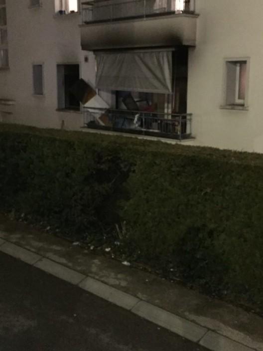 Freiburg FR: Brand einer Wohnung - die Wohnung hat erhebliche Schäden erlitten