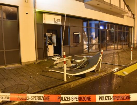 Sevelen SG: Bankomat aufgesprengt – Kantonspolizei St.Gallen sucht Zeugen