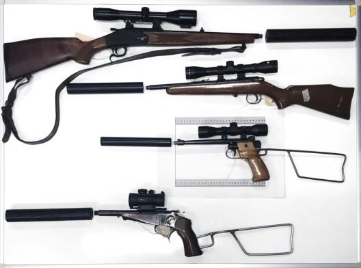 Kanton FR: Wilderer (zwei Schweizer) angehalten – Waffenarsenal beschlagnahmt