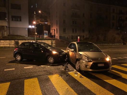 St.Gallen SG: Kollision zwischen zwei Personenwagen auf der Rosenbergstrasse