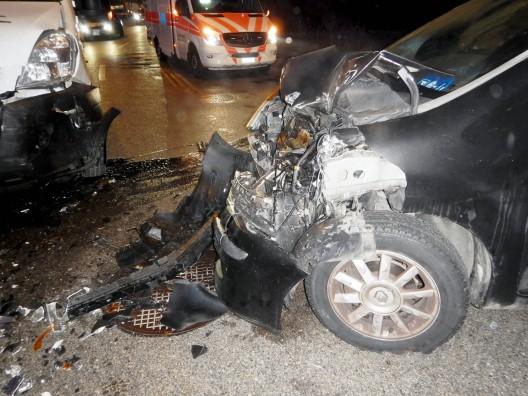 Frauenfeld TG: 49-jähriger Autofahrer bei Verkehrsunfall mittelschwer verletzt