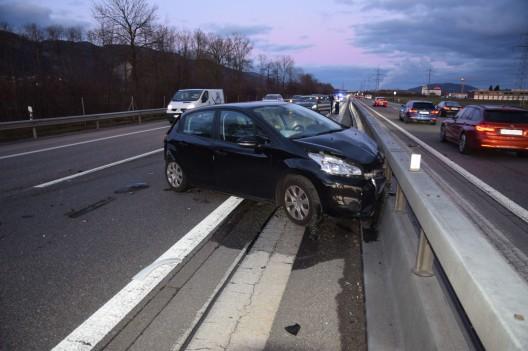 Oberbuchsiten SO: Auffahrunfall führt zu Verkehrsbehinderungen auf der A1