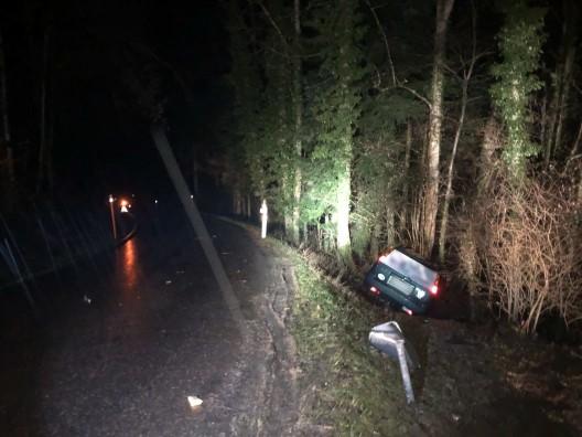 Ecublens FR: Fahrschüler (27) verliert die Kontrolle über sein Fahrzeug