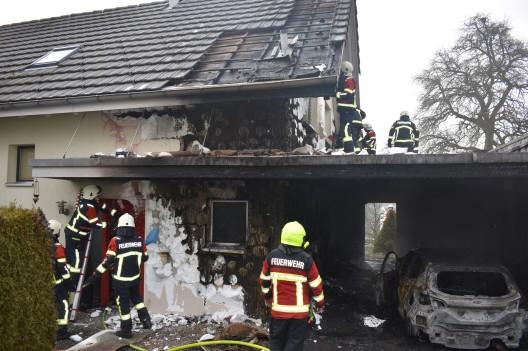 Ermensee LU: Brand im Carport eines Einfamilienhauses ausgebrochen