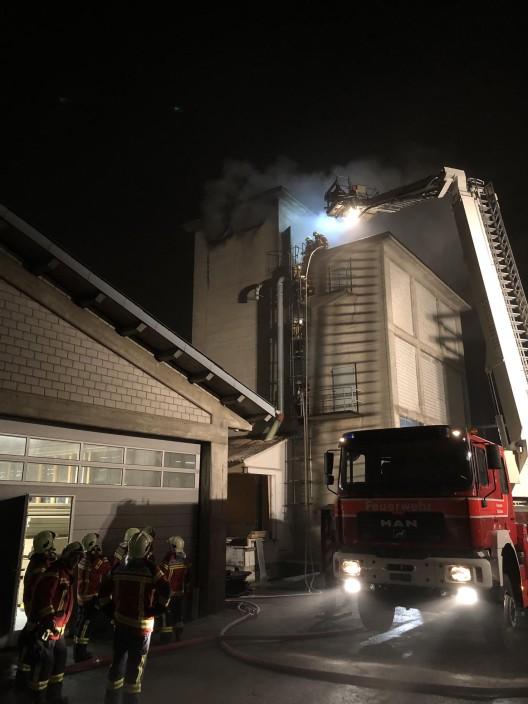 Rothenthurm SZ: Brand in einem Sägemehlsilo ausgebrochen