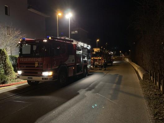 Baar ZG: Feuerwehreinsatz wegen Gasaustritt – 20 Personen evakuiert