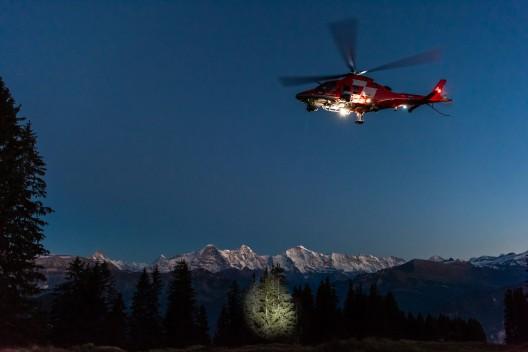 Rega empfängt Notruf von ELT-Sender und findet abgestürztes Flugzeug