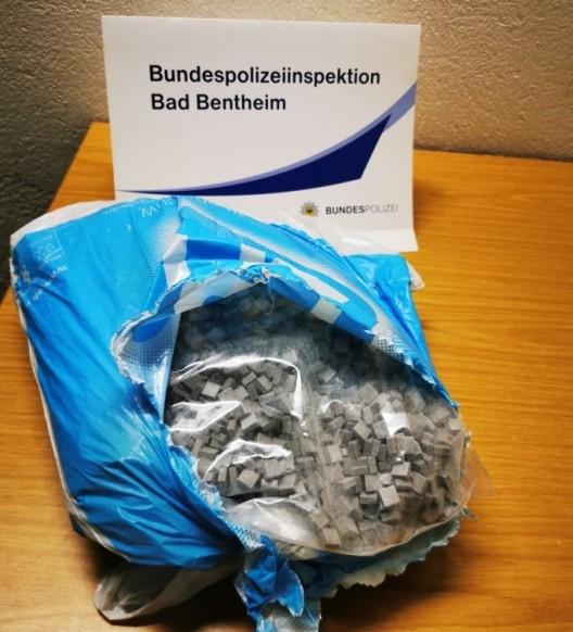 Unerlaubt eingereist und vier Kilogramm Ecstasy im Kofferraum