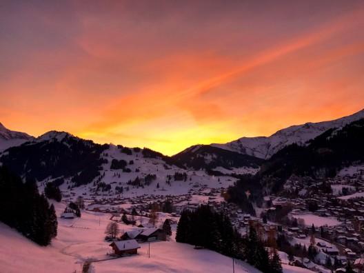 Adelboden BE: Mann (52†) beim Skifahren verstorben - Zeugenaufruf