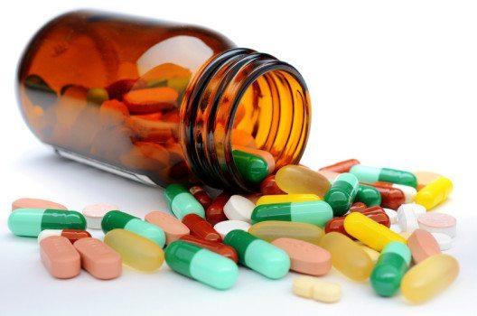 Erstaunlich ist, dass gerade das Pharmaland Schweiz einen Apothekennotstand prognostiziert.