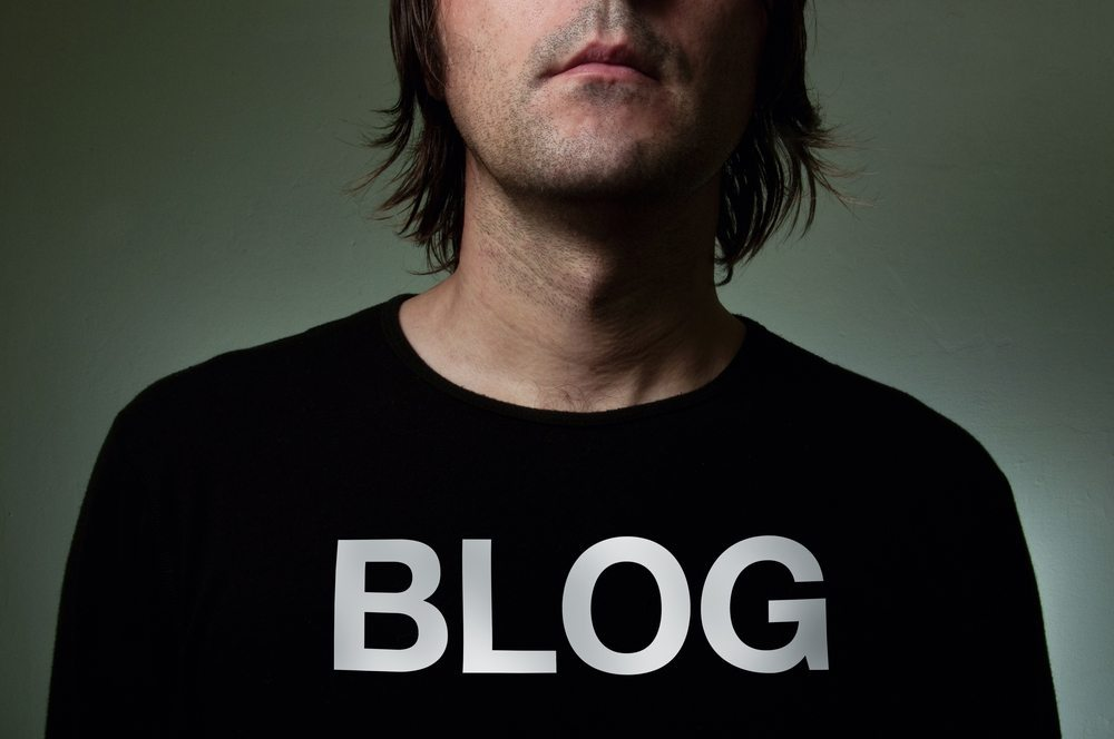 Blogger. (Bild: igor.stevanovic / Shutterstock.com)
