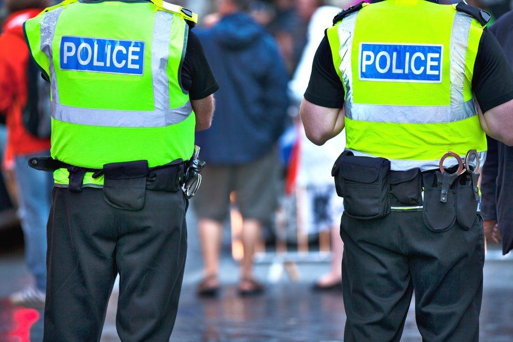 Polizei und Grenzwächter sehen sich überfordert. (Bild: SergeBertasiusPhotography / Shutterstock.com)