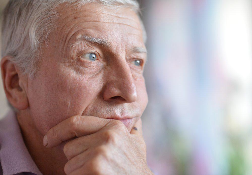Die persönliche Reife eines Menschen entscheidet sich nicht unbedingt nur nach seinem Alter. (Bild: Aletia / Shutterstock.com)