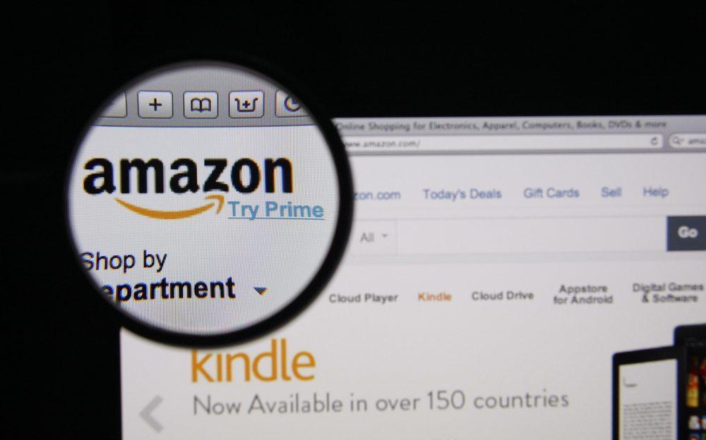 Fokus auf Amazon-Dienste erkennbar: Kindle, Amazon Music und Firefly vorinstalliert. (Bild: Gil C / Shutterstock.com)