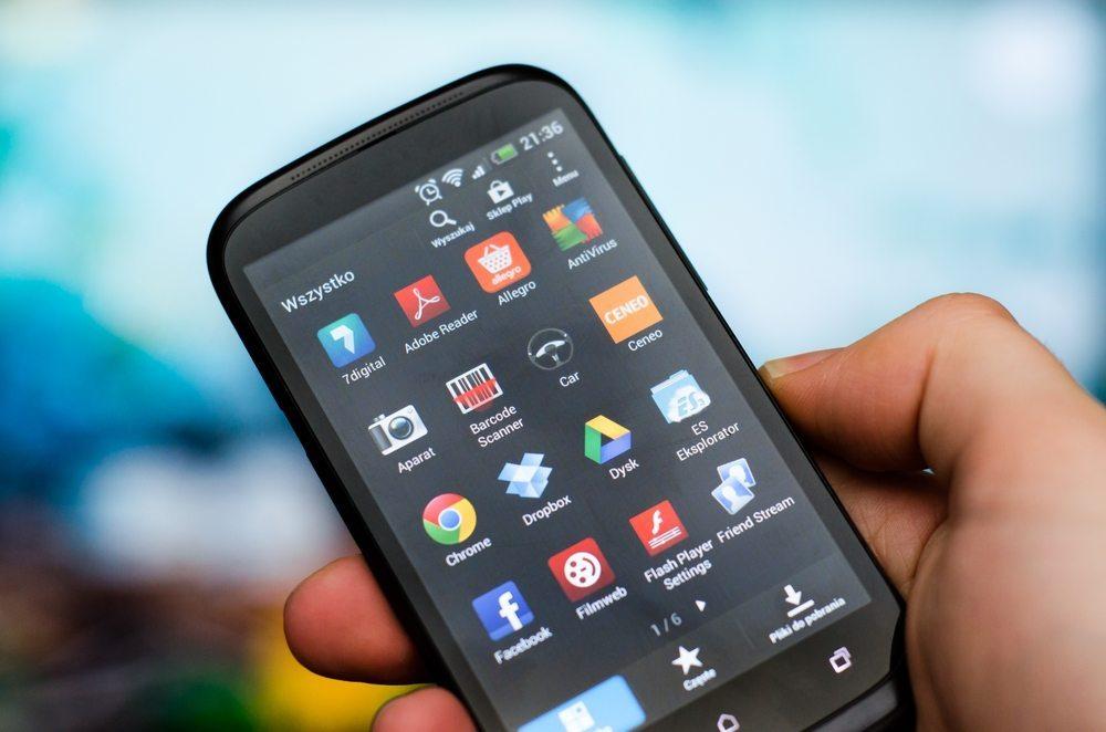 Sichere App-Anbieter bevorzugen. (Bild: Piotr Adamowicz / Shutterstock.com)