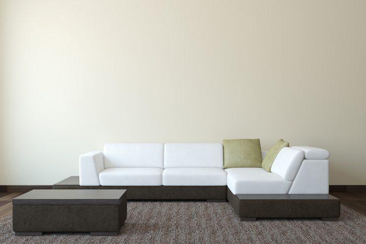 Schöne Polstermöbel zu finden ist nicht schwer. (Bild: © poligonchik - Fotolia.com)