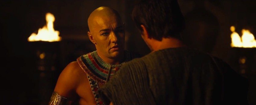 Pharao vs. Mose: Sie stehen sich im Film näher als in der Bibel. (Screenshot Filmtrailer)