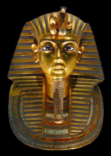 Die Totenmaske des Tutanchamun (Bild: © MykReeve - CC BY-SA 3.0)