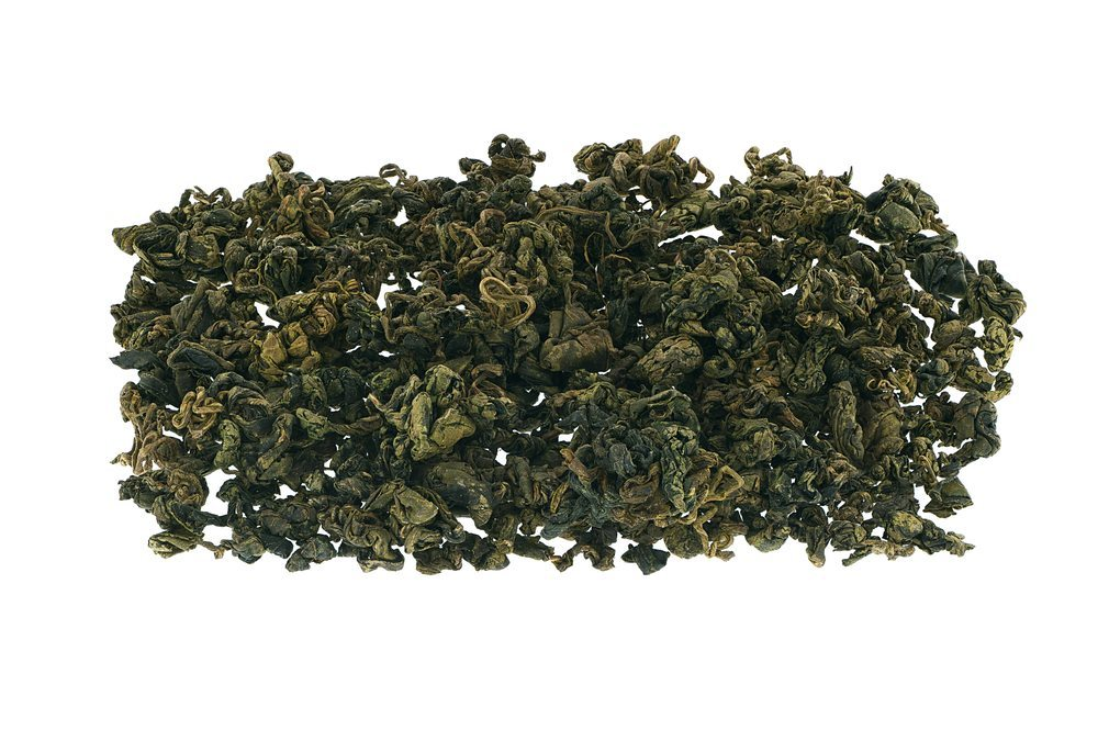 Als Tee zubereitet, haben die Blätter süsslich-herben Geschmack. (Bild: Julia Reese / Shutterstock.com)