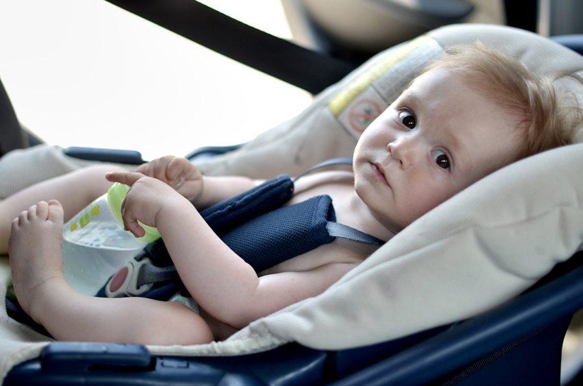 Vor allem an heissen Tagen muss für genügend Getränke gesorgt sein (Bild: Marcel Jancovic / Shutterstock.com)