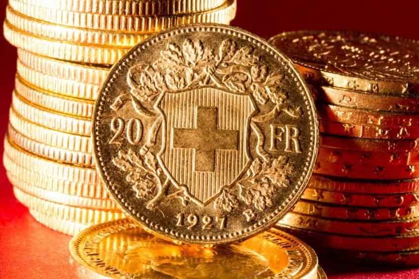 Die aktuelle Überbewertung des Franken hat viele historische Gründe. (Bild: Netfalls - Remy Musser / Shutterstock.com)