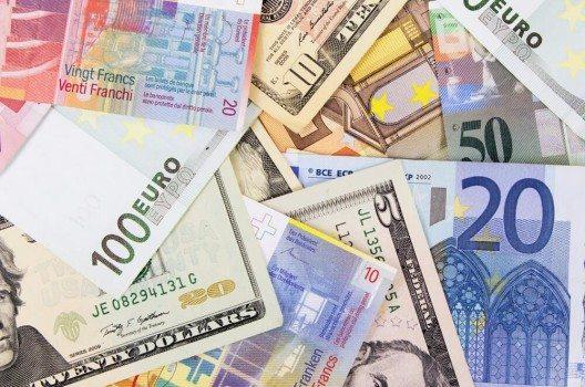 Es gibt Überlegungen, einen Währungskorb zur Stabilisierung des starken Frankens einzusetzen.