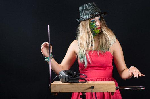 Das Theremin (Bild: michelangeloop / Shutterstock.com)