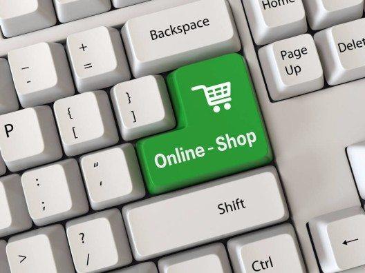 Schweizer Internet-Einkäufe im Ausland nehmen zu (Bild: © Jane0606 - shutterstock.com)
