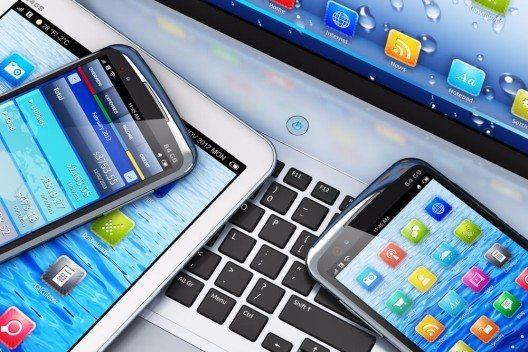 Ein Freihandelsabkommen könnte Preise für Smartphones und Tablets senken (Bild: © Oleksiy Mark - shutterstock.com)