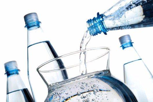 Wasser wird bereits in vielen Ländern privatisiert (Bild: © v_poth - shutterstock.com)
