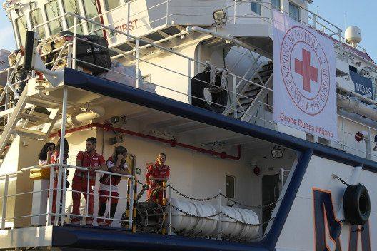 """Das Schweizerische Rote Kreuz unterstützt die lebensrettende Mission des Rettungsschiff """"Responder"""". (Bild: © obs/Schweizerisches Rotes Kreuz / Croix-Rouge Suisse/Yara Nardi)"""