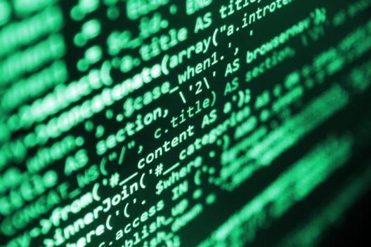 Können Algorithmen bei der Partnersuche helfen? (Bild: © Dmitry Nikolaev / Shutterstock)