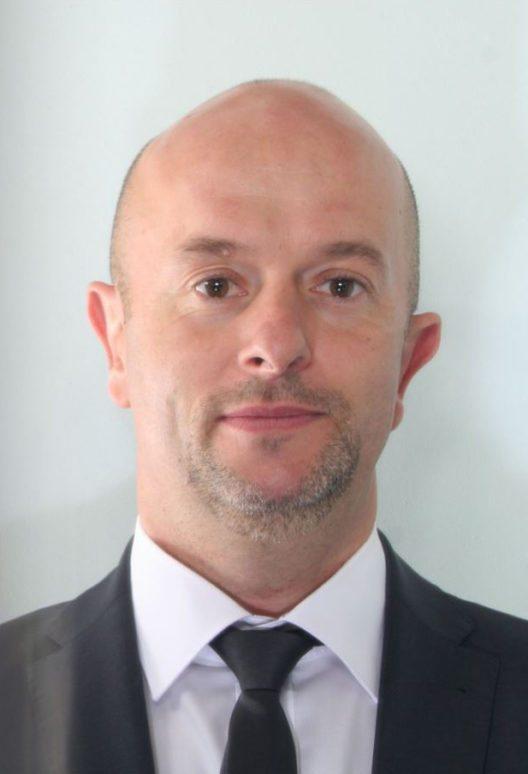 Der Staatsrat ernannte David Fumeaux zum Chefinspektor bei der Abteilung Wirtschaftsdelikte/IT. (Bild: © Kantonspolizei Wallis)